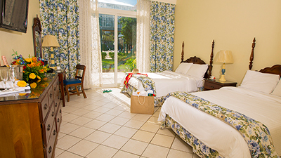 breezes resort spa bahamas best places to stay