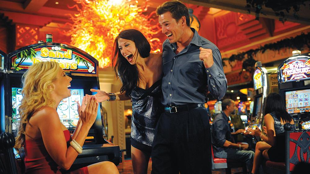 atlantis paradise island caribbean gambling couples