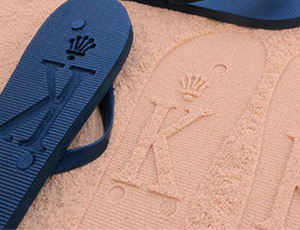 FlipSidez personalized flip flops business