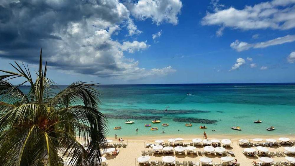 grand cayman marriott beach resort beachfront destination