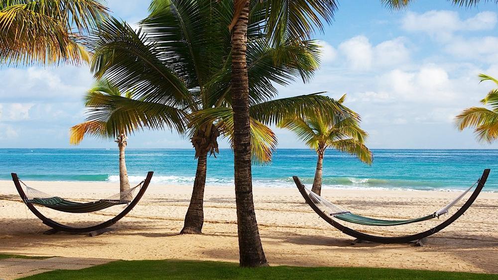 courtyard marriott isla verde beach resort puerto rico hotel