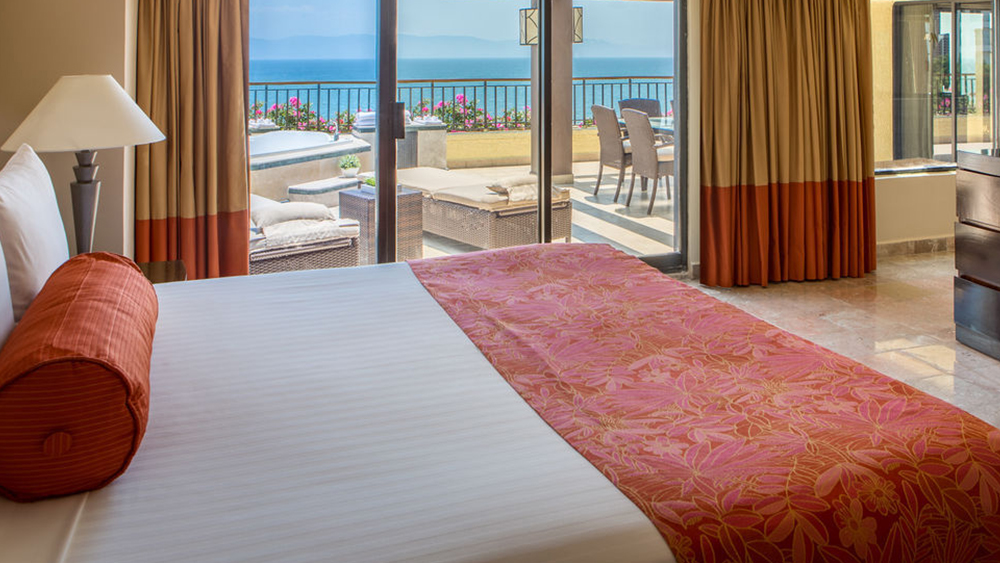 marriott puerto vallarta resort and spa mexico beachfront getaway