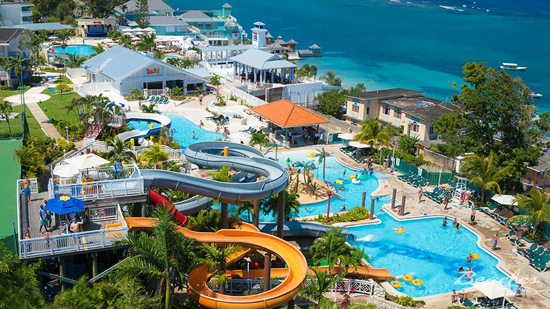 top 10 best reasons to stay at beaches resorts best waterpark