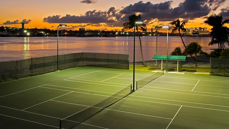 best reasons to stay at atlantis entertainment-tennis