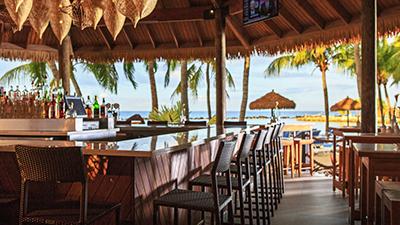 renaissance aruba resort best places to dine caribbean