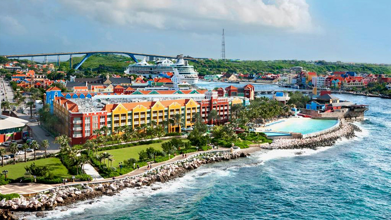 resorts for the fourth of july renaissance curacao