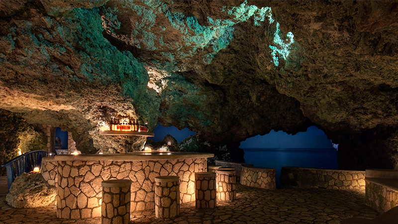 spooky caribbean hotels caves