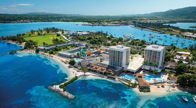 2020 jamaican resorts kid friendly hotel sunscape splash montego bay