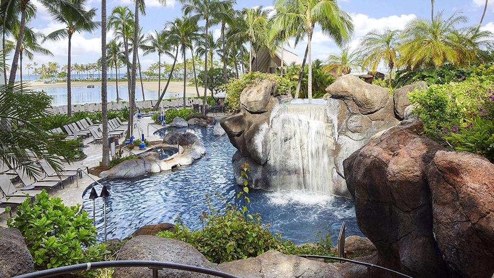 hilton grand vacations hilton hawaiian village honolulu family travel