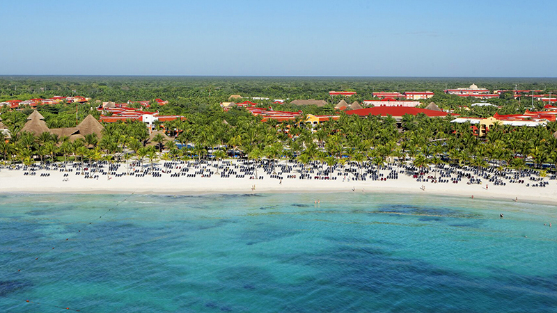 best caribbean resorts for july barceló maya colonial all inclusive vacation mexico