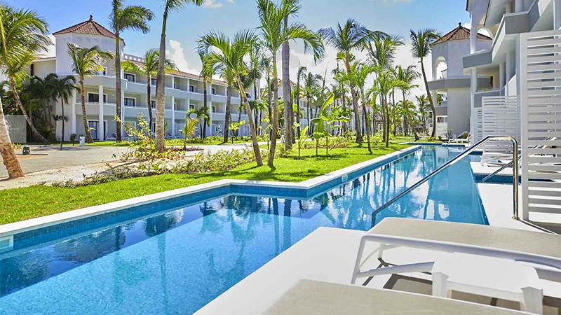 top caribbean resorts swim-up suites luxury bahia principe ambar dominican republic