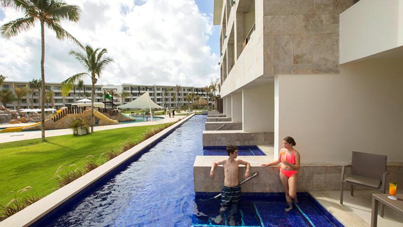 top caribbean resorts swim-up suites royalton bavaro resort and spa dominican republic