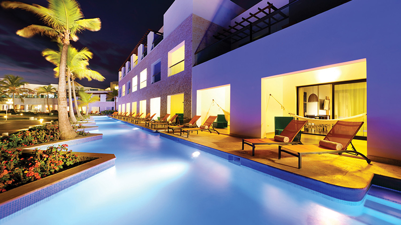 top caribbean resorts swim-up suites trs turquesa hotel dominican republic