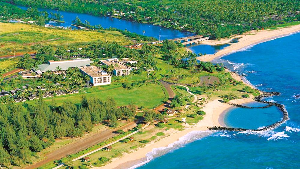 hilton garden inn kauai wailua bay hawaii beachfront resort