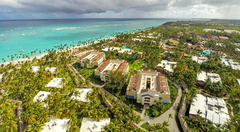 top caribbean resorts for august grand palladium bavaro suites resort and spa dominican republic all inclusive hotel
