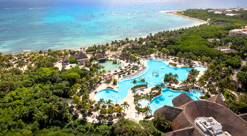 best caribbean resorts for november grand palladium colonial resort and spa mexico family beach vacation
