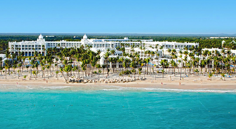 top caribbean resorts for november hotel riu palace bavaro dominican republic all inclusive travel