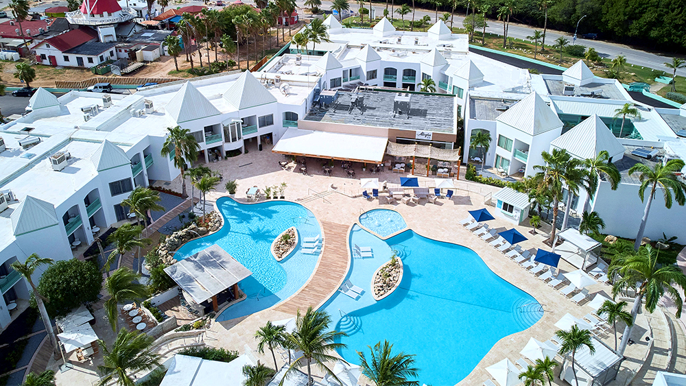 courtyard aruba resort caribbean travel destination